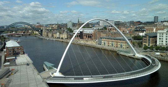 1280px-newcastle-upon-tyne-bridges-and-skyline_cropped