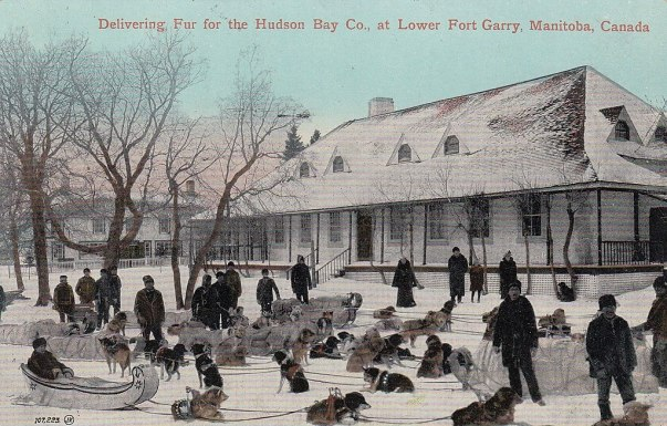 1024px-hudson27s_bay_company2c_lower_fort_garry2c_manitoba2c_canada2c_delivering_fur2c_1913